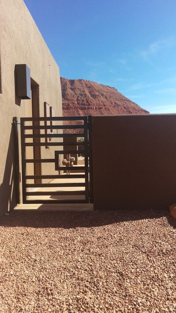 Side yard fence in Kayenta